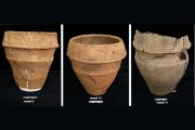 cremation urns (2) (photo courtesy of Glasgow University)